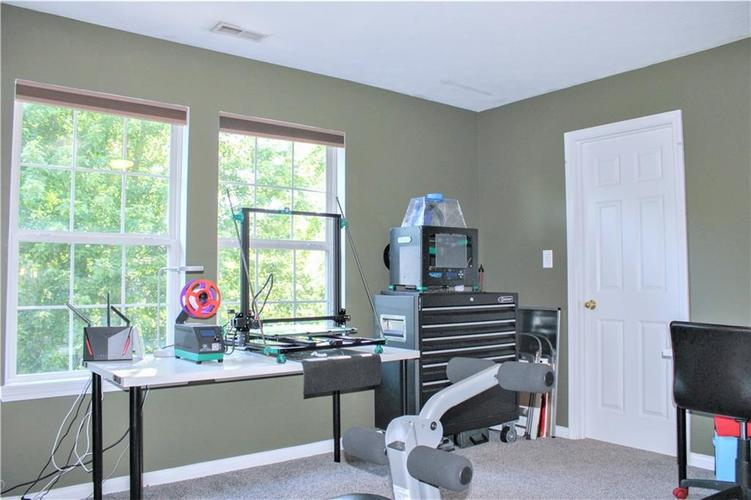 8174 Admirals Landing Place Indianapolis IN 46236 | MLS 21721316 | photo 23