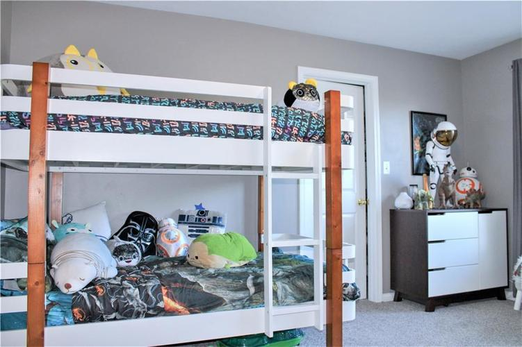 8174 Admirals Landing Place Indianapolis IN 46236 | MLS 21721316 | photo 24