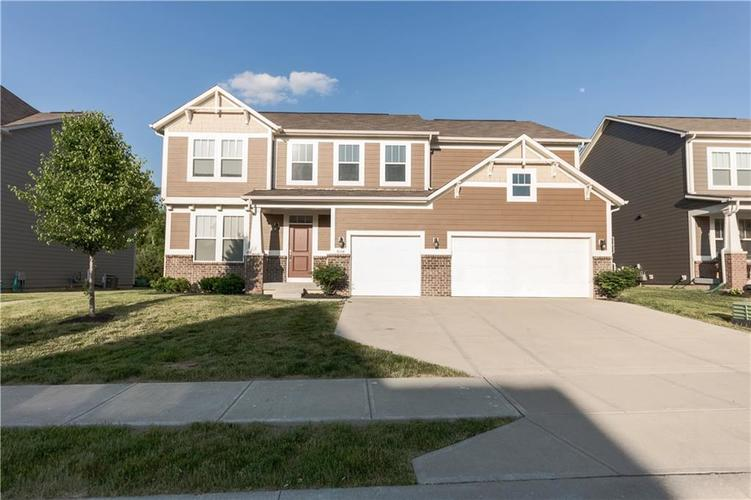 9727 CLAY BROOK Drive McCordsville IN 46055 | MLS 21721369 | photo 2