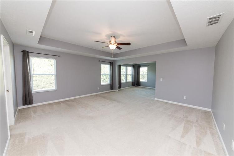 9727 CLAY BROOK Drive McCordsville IN 46055 | MLS 21721369 | photo 28