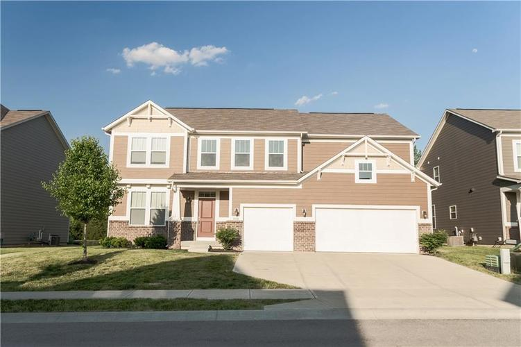 9727 CLAY BROOK Drive McCordsville IN 46055 | MLS 21721369 | photo 3