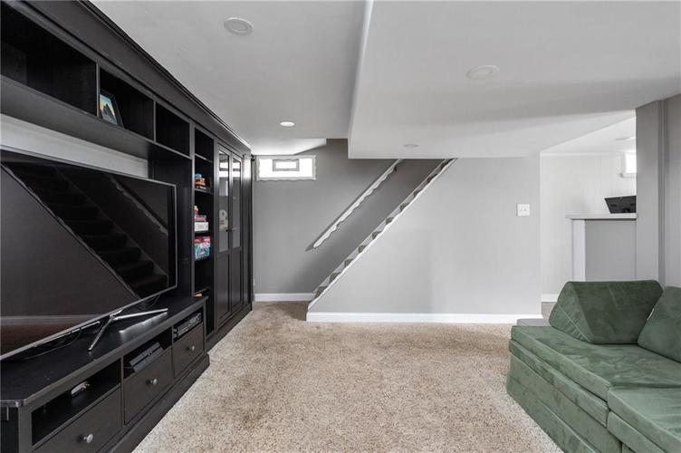 5752 Hillside Avenue Indianapolis IN 46220 | MLS 21721506 | photo 17