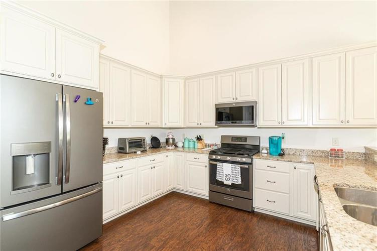 259 Chadford Court Indianapolis IN 46229 | MLS 21721507 | photo 11