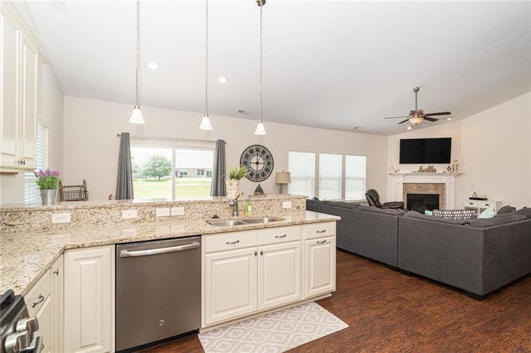 259 Chadford Court Indianapolis IN 46229 | MLS 21721507 | photo 12