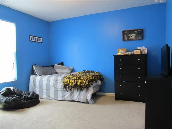 2451 Cabin Hill Road Indianapolis IN 46229 | MLS 21721565 | photo 25