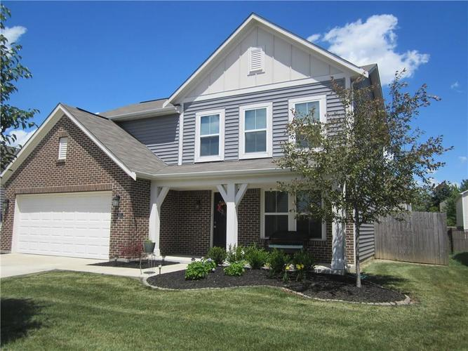 2451 Cabin Hill Road Indianapolis IN 46229 | MLS 21721565 | photo 6
