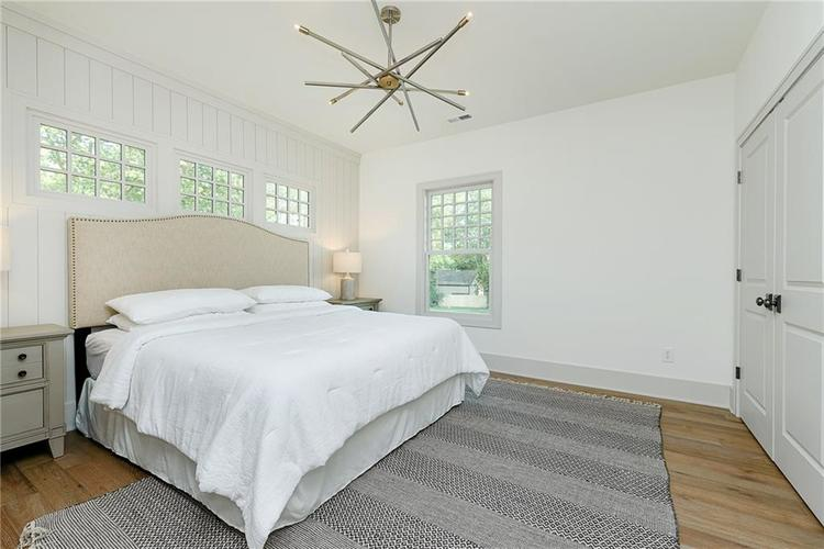 2435 N College Avenue Indianapolis IN 46205 | MLS 21721608 | photo 15