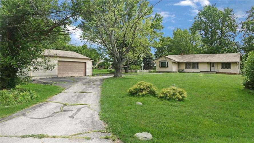 7234 Shelbyville Road Indianapolis IN 46259 | MLS 21721757 | photo 1