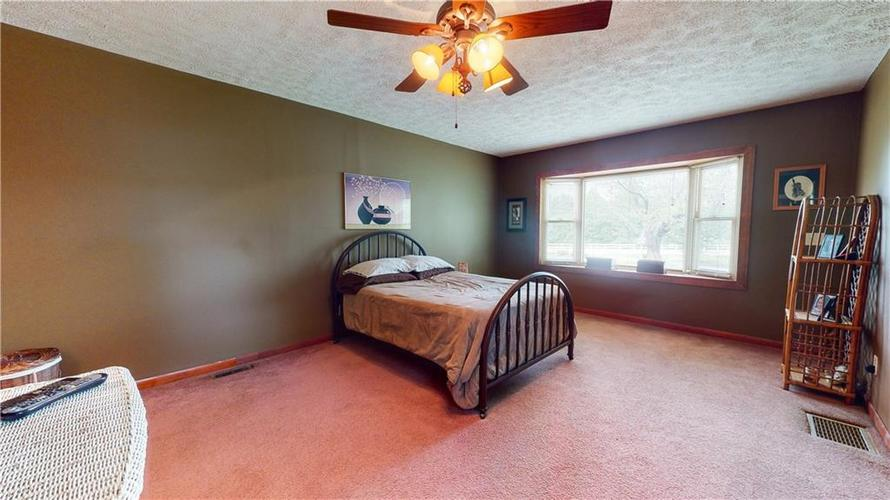 7234 Shelbyville Road Indianapolis IN 46259 | MLS 21721757 | photo 15