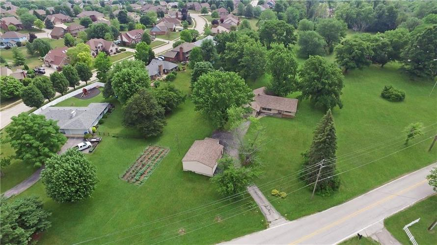 7234 Shelbyville Road Indianapolis IN 46259 | MLS 21721757 | photo 2