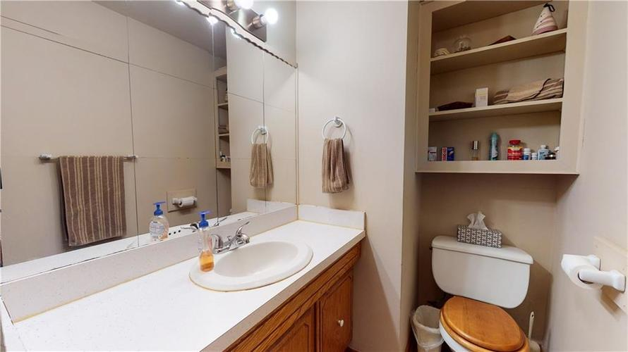 7234 Shelbyville Road Indianapolis IN 46259 | MLS 21721757 | photo 26