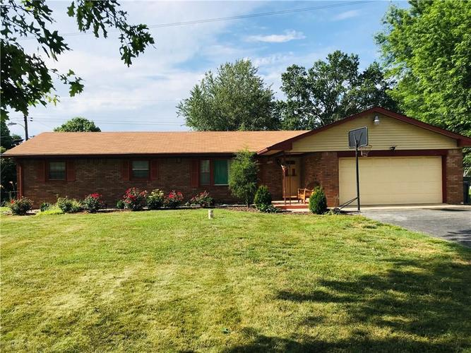 325 E BEECHWOOD Lane Indianapolis IN 46227 | MLS 21721959 | photo 2
