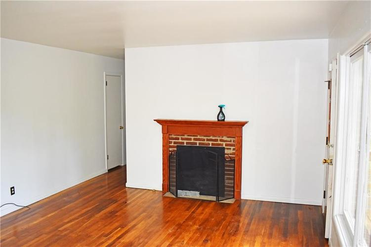 2530 W 79TH Street Indianapolis IN 46268   MLS 21721961   photo 10