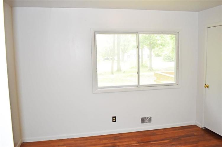 2530 W 79TH Street Indianapolis IN 46268   MLS 21721961   photo 21