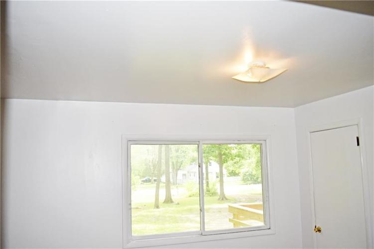 2530 W 79TH Street Indianapolis IN 46268   MLS 21721961   photo 22