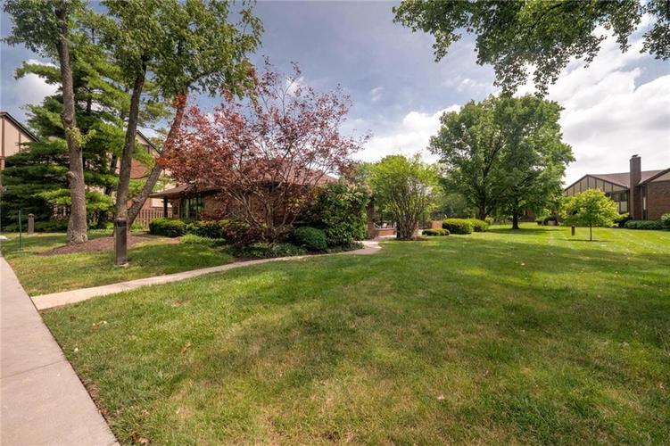 2235 Rome Drive Indianapolis IN 46228 | MLS 21721987 | photo 46