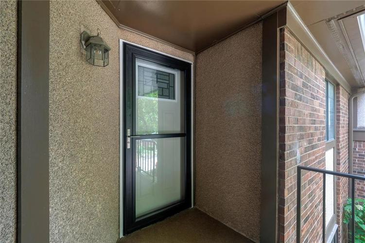 2235 Rome Drive Indianapolis IN 46228 | MLS 21721987 | photo 6
