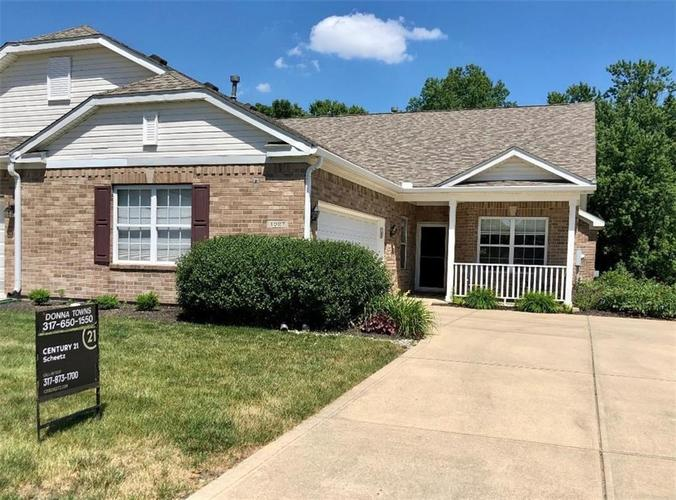 1927 Persimmon Grove Drive Indianapolis IN 46234 | MLS 21721990 | photo 1