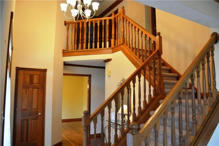 125 W CHALET Drive Mooresville IN 46158   MLS 21721996   photo 4