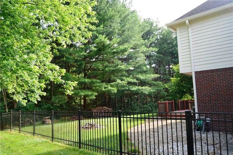 125 W CHALET Drive Mooresville IN 46158   MLS 21721996   photo 44