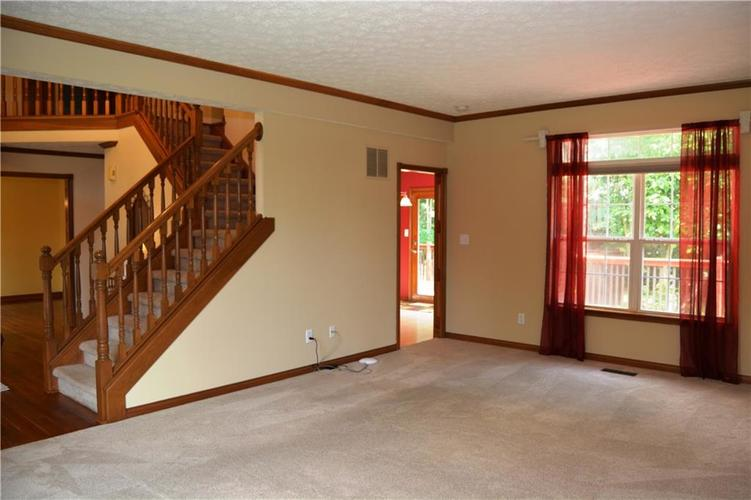 125 W CHALET Drive Mooresville IN 46158   MLS 21721996   photo 8