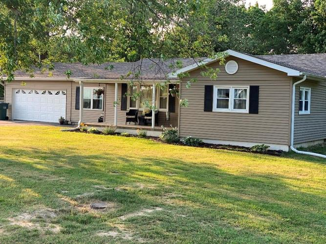 3694 E STATE ROAD 32  Crawfordsville, IN 47933 | MLS 21722042