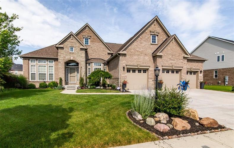 9894 Stable Stone Terrace Fishers IN 46040 | MLS 21722056 | photo 1