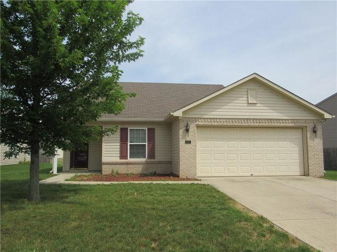 2189 Rosswood Boulevard Indianapolis IN 46229 | MLS 21722135 | photo 1