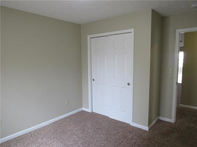 2189 Rosswood Boulevard Indianapolis IN 46229 | MLS 21722135 | photo 14