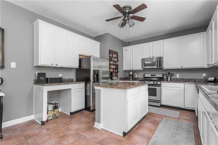 5540 Noble Drive Indianapolis IN 46234 | MLS 21722172 | photo 15