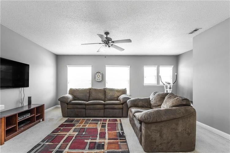 5540 Noble Drive Indianapolis IN 46234 | MLS 21722172 | photo 21