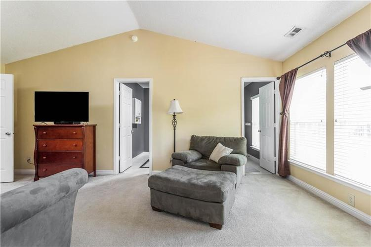 5540 Noble Drive Indianapolis IN 46234 | MLS 21722172 | photo 28