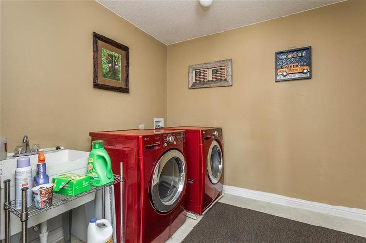 5540 Noble Drive Indianapolis IN 46234 | MLS 21722172 | photo 29