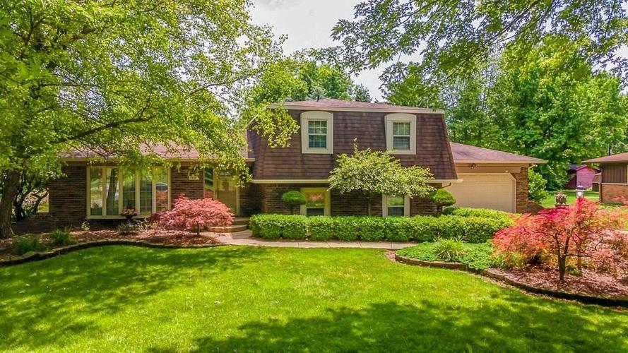7521 Combs Road Indianapolis IN 46237 | MLS 21722530 | photo 1