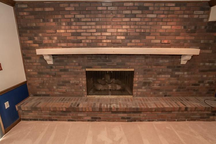 7521 Combs Road Indianapolis IN 46237 | MLS 21722530 | photo 24