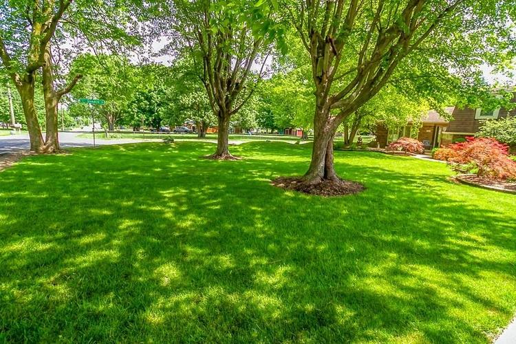7521 Combs Road Indianapolis IN 46237 | MLS 21722530 | photo 6
