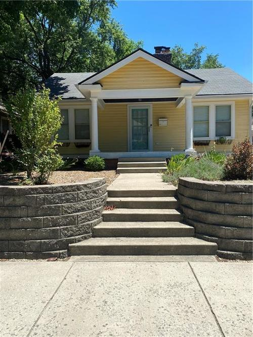 5307 Carrollton Avenue Indianapolis IN 46220 | MLS 21722645 | photo 1