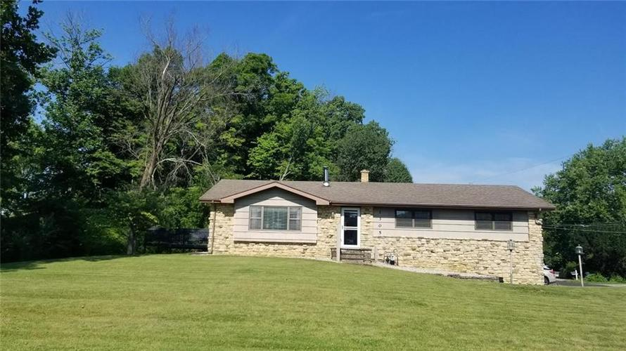 1305 S CR 60 E Road Greensburg, IN 47240 | MLS 21722876