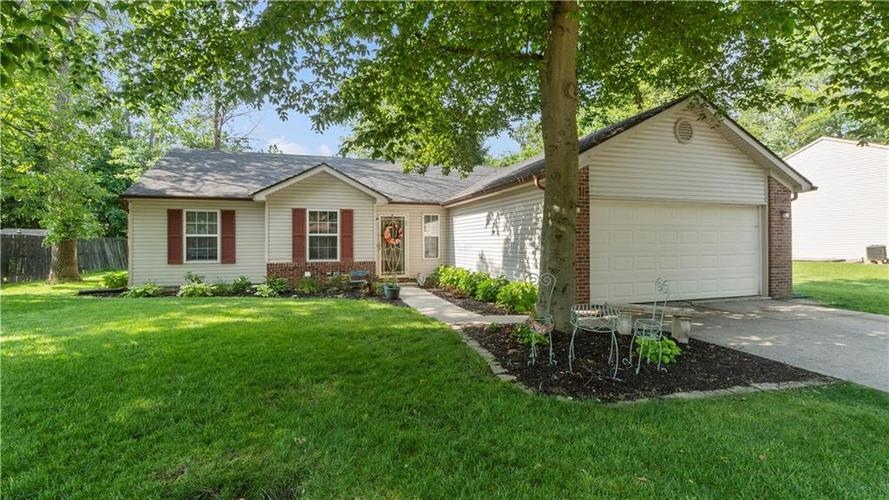 11365  CHERRY TREE Way Indianapolis, IN 46235 | MLS 21722971