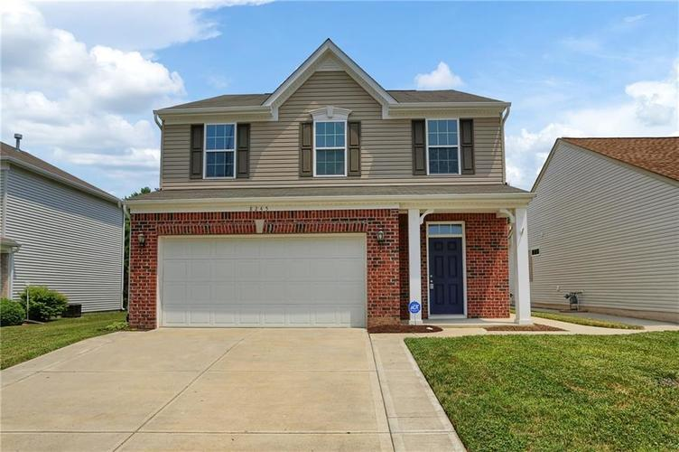 8245 Wheatfield Court Camby IN 46113 | MLS 21723065 | photo 1