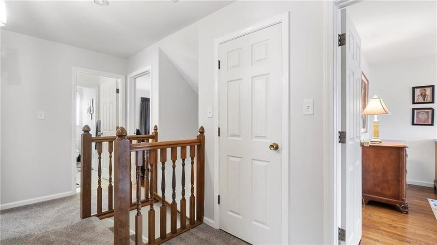 7315 Fulham Drive Indianapolis IN 46250 | MLS 21723326 | photo 15