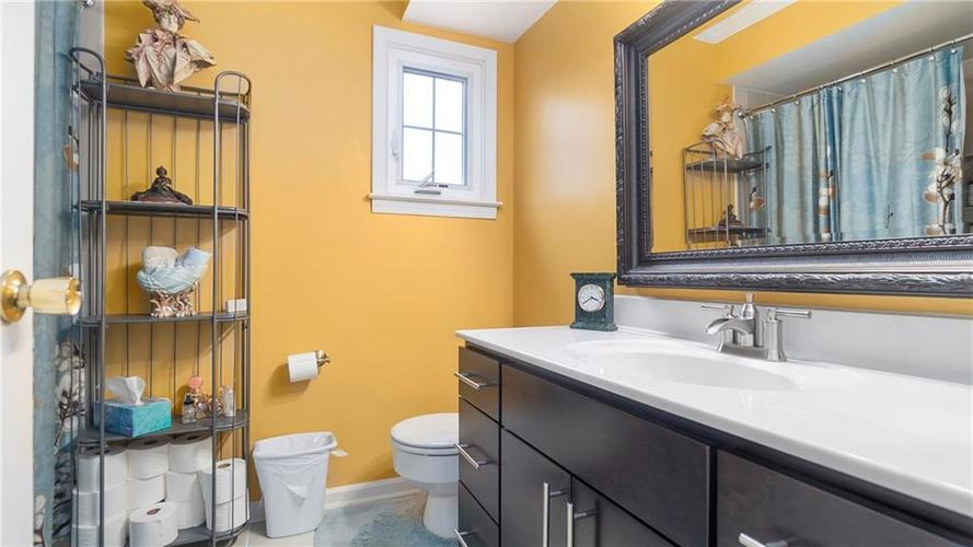 7315 Fulham Drive Indianapolis IN 46250 | MLS 21723326 | photo 18