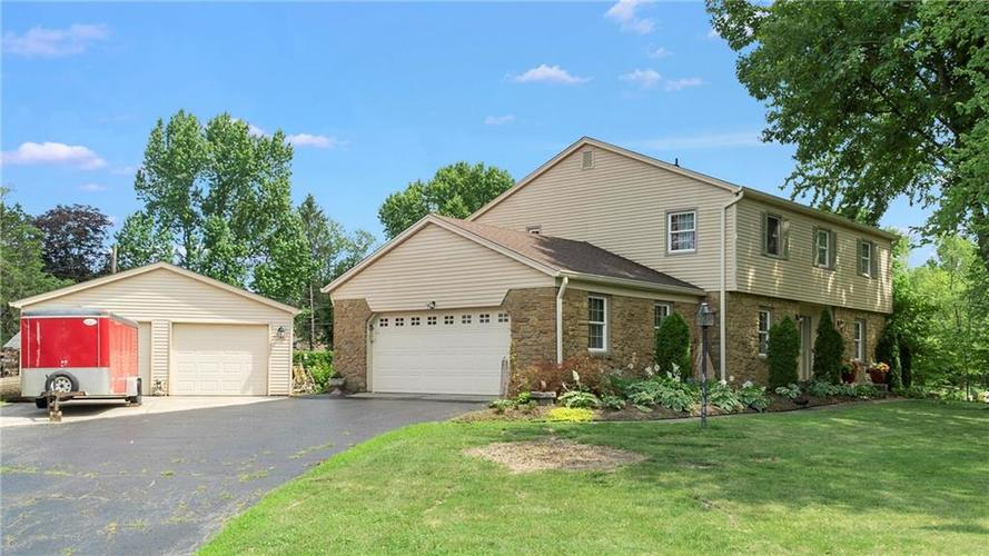 7315 Fulham Drive Indianapolis IN 46250 | MLS 21723326 | photo 34