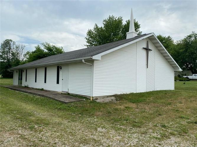 866 W State Hwy 46 Spencer IN 47460 | MLS 21723464 | photo 1