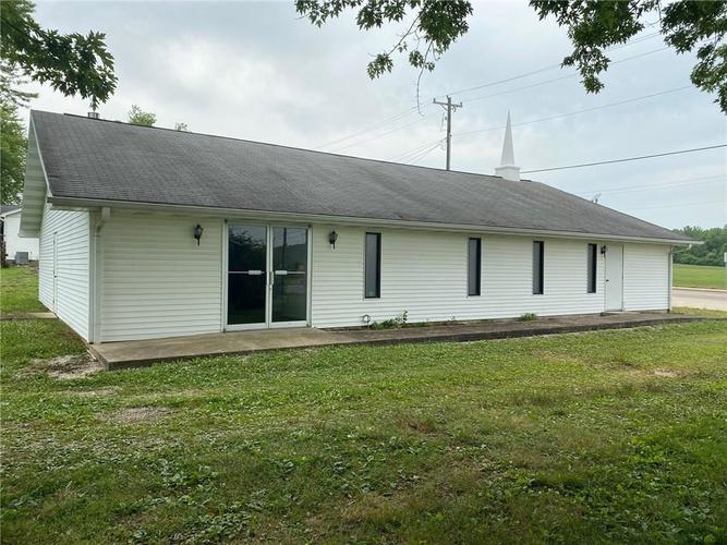 866 W State Hwy 46 Spencer IN 47460 | MLS 21723464 | photo 2