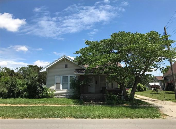 320 S Broadway Street Greensburg, IN 47240 | MLS 21723481