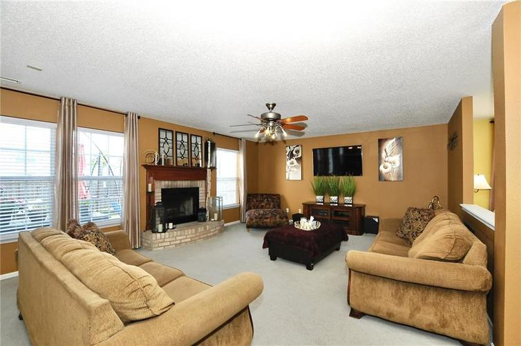 9886 Olympic Circle Indianapolis IN 46234   MLS 21723536   photo 10
