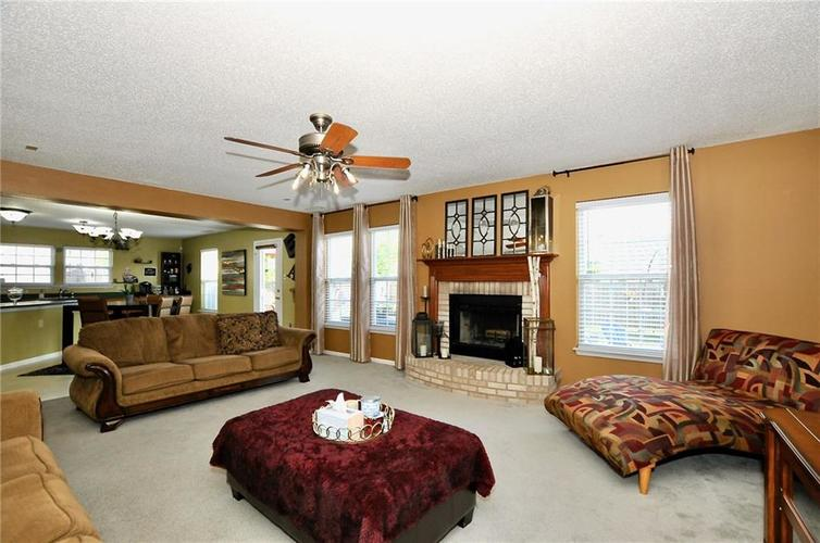 9886 Olympic Circle Indianapolis IN 46234   MLS 21723536   photo 13