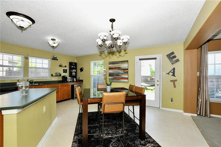 9886 Olympic Circle Indianapolis IN 46234   MLS 21723536   photo 19