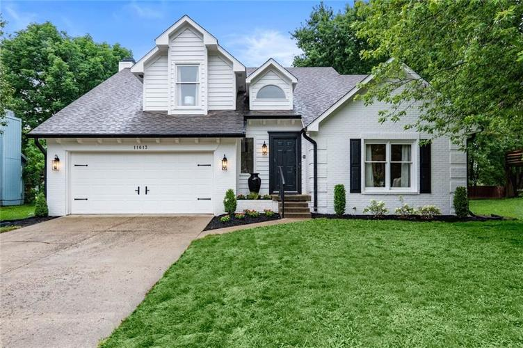 11613  Old Oakland Blvd N Drive Indianapolis, IN 46236 | MLS 21723713